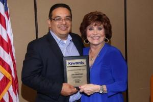 2015-2016 Kiwanis Club of Burbank President Cynthia Faust presents Board Member Luis Centeno with the 2015-2016 Kiwanian of the Year Award.